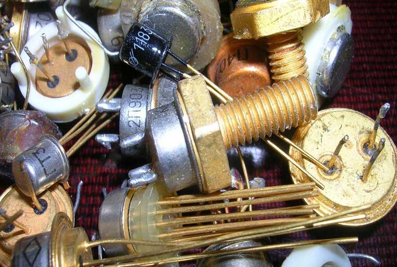 kakie radiodetali soderzhat dragocennye metally2 - Какие радиодетали содержат драгоценные металлы?